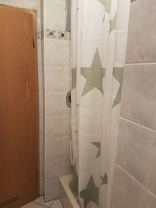 Fewo-Seyfert Bad Dusche
